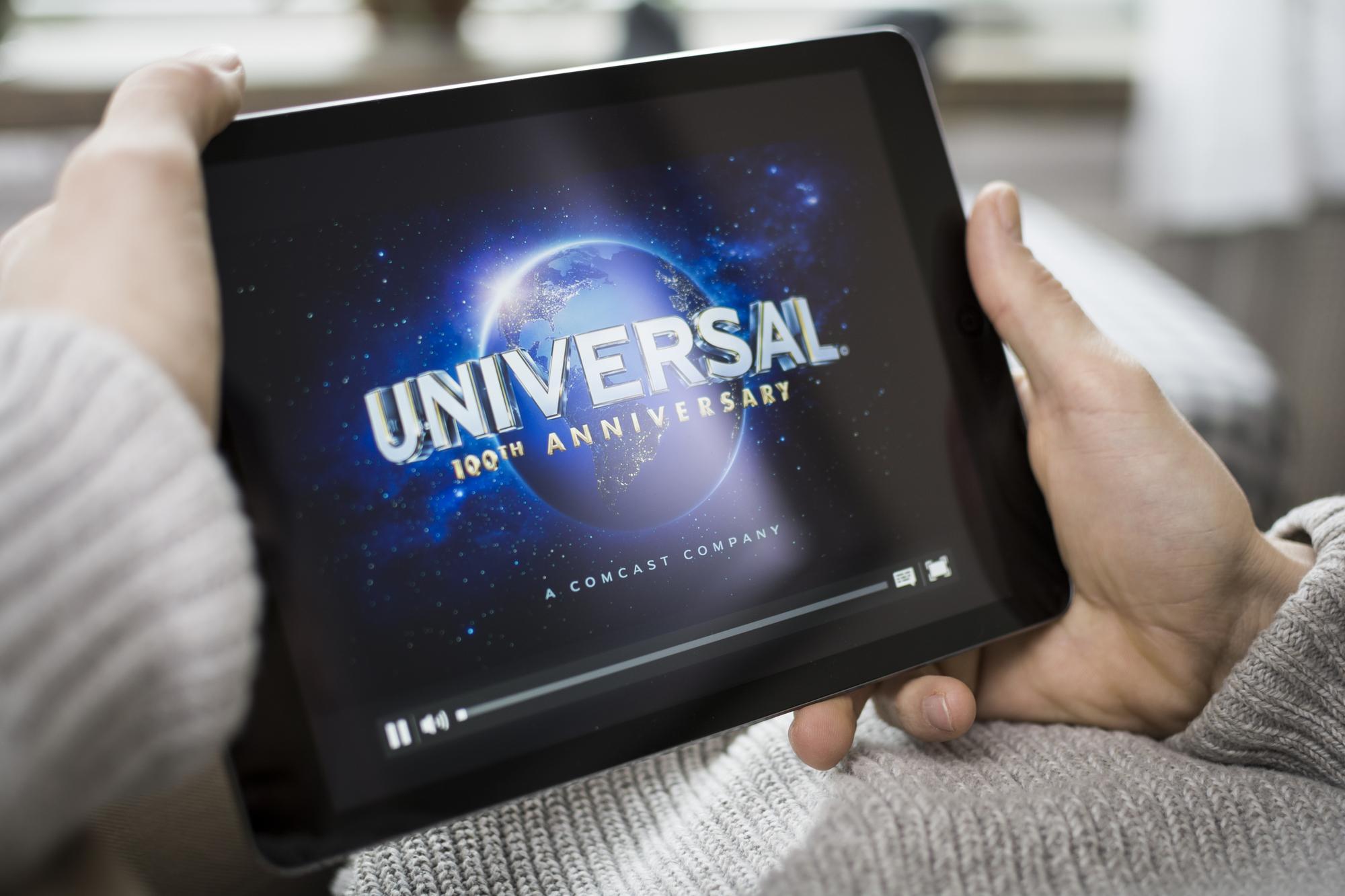Компания Universal Pictures сдвинула дату премьеры «Семейки Крудс 2» с декабря на ноябрь