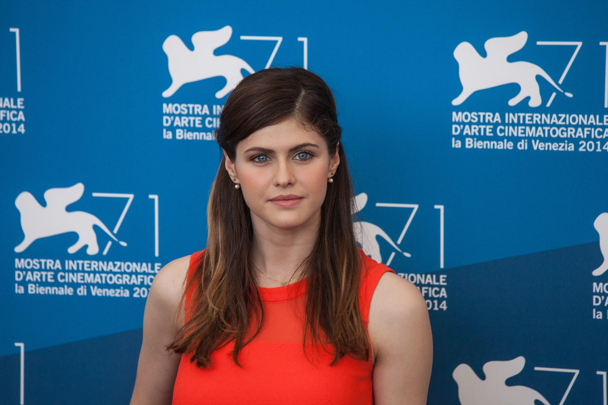 Актриса Александра Даддарио рассказала о работе над фильмом про пандемию
