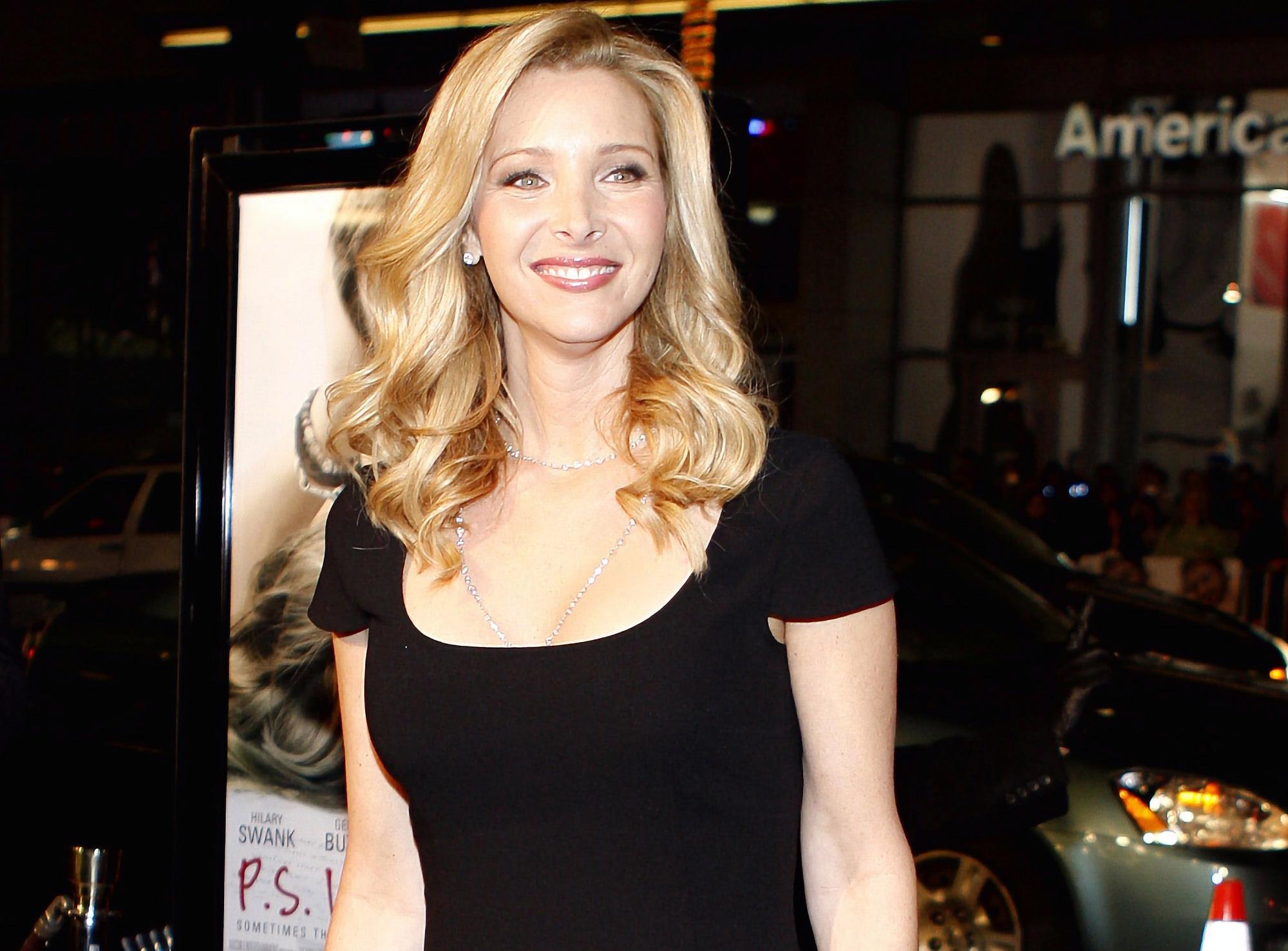 Лиза Кудроу подтвердила начало съемок спецвыпуска сериала «Друзья»