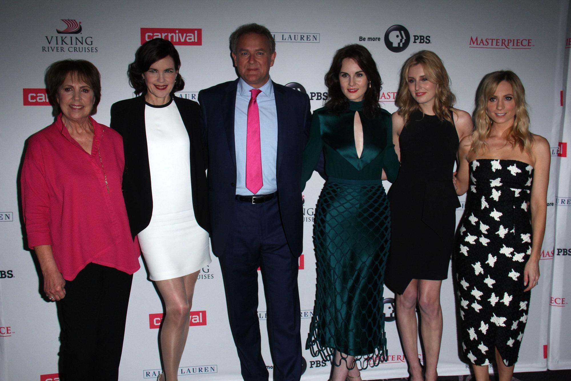 Актер Хью Бонневилль подтвердил, что вторую часть фильма «Аббатство Даунтон» начнут снимать после окончания пандемии