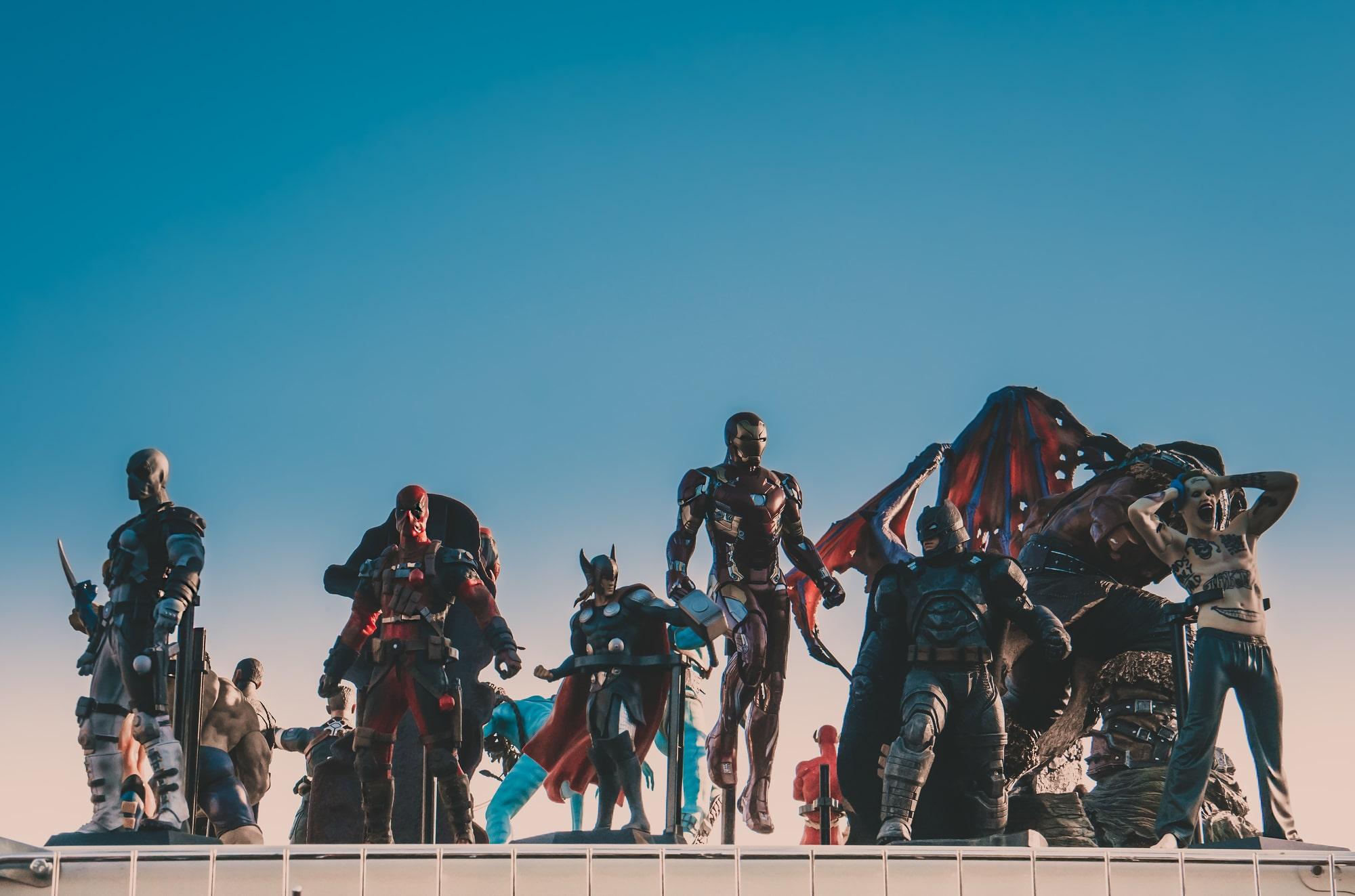 Энджел Мануэль Сото снимет фильм «Синий Жук» о латиноамериканском супергерое для DC Comics
